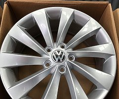 17 inch Scirocco Style wheels