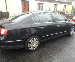 Vw passat 06 1.9 tdi braking all parts pm wat ya need all so 1.9 tdi enging there to for parts