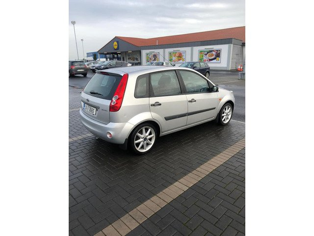 Ford Fiesta steel 2006 new nct 12/20 only 141k Manual transmission - 2/7