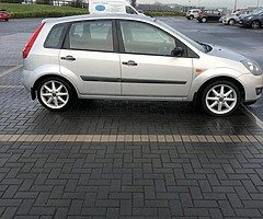 Ford Fiesta steel 2006 new nct 12/20 only 141k Manual transmission - Image 4/7