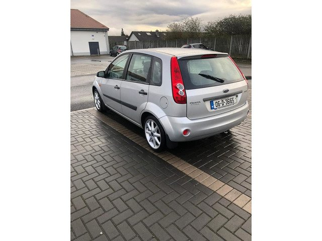 Ford Fiesta steel 2006 new nct 12/20 only 141k Manual transmission - 5/7