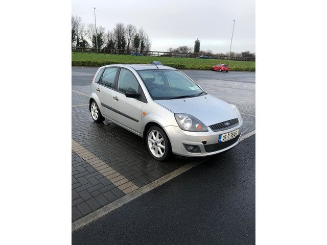 Ford Fiesta steel 2006 new nct 12/20 only 141k Manual transmission - 6/7