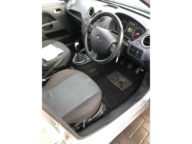 Ford Fiesta steel 2006 new nct 12/20 only 141k Manual transmission - 7/7