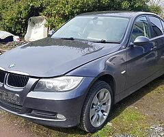 BMW 320d e90 for breaking.