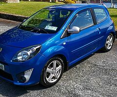 GT Renault Sport - Twingo GT (Manual) with Cruise Control, only one in  Ireland with it