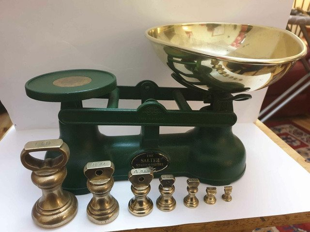 Original salters scales in green with original full set of brass bell weights bargain can deliver - 1/5