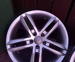 18 rs6 alloys  5x112 8j all no tyres  cheap set no crack  ör weld ' etc   and best offer  take - Image 1/10