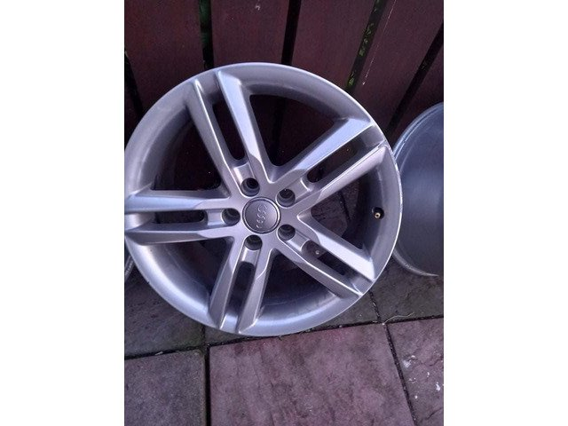 18 rs6 alloys  5x112 8j all no tyres  cheap set no crack  ör weld ' etc   and best offer  take - 3/10