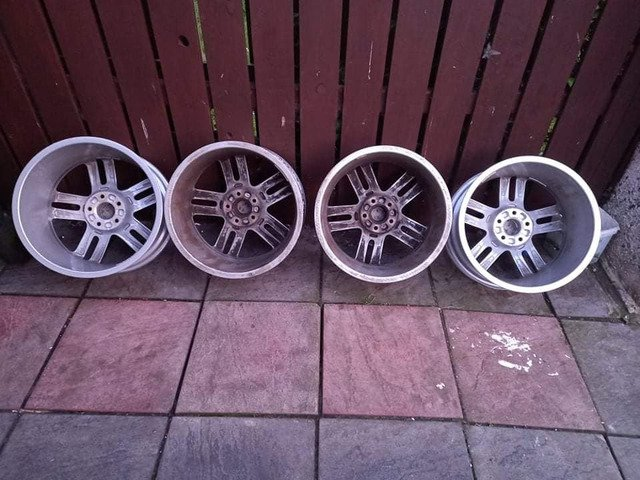 18 rs6 alloys  5x112 8j all no tyres  cheap set no crack  ör weld ' etc   and best offer  take - 5/10