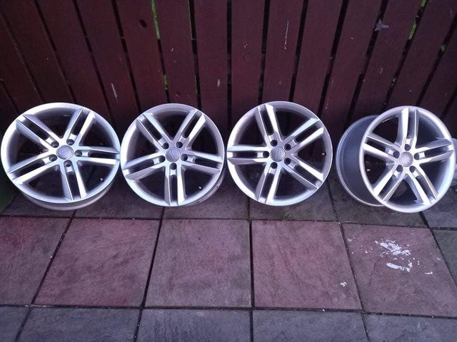 18 rs6 alloys  5x112 8j all no tyres  cheap set no crack  ör weld ' etc   and best offer  take - 10/10