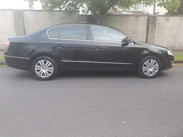 Vw passat 1.6 petrol car can be viewed after 6pm or free on the weekend because working 9am to 5pm - 8/10
