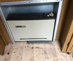 ALL YOU NEED TO DO A CAMPER CONVERSION- FRIDGE ,COOKER,HEATER,CABINETS ETC - CARAVAN £1000