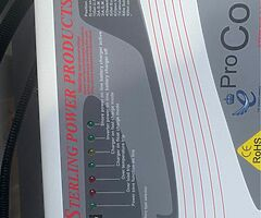 Inverter/charger Sterling Pro Combi s £500 ovno