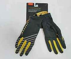 Nike dri fit gloves.. green and gold